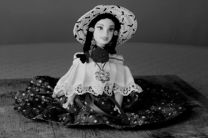 montuno-in-black-and-white